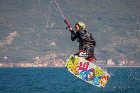 Kitesurfen auf dem Gardasee mit Beekite